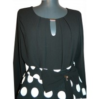 Bluza casual neagra cu croiala lejera